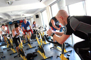 playing-music-during-exercise-spin-bike